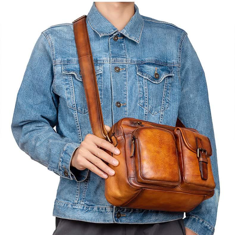 Túi đeo chéo da bò Veg-tan Gento 172